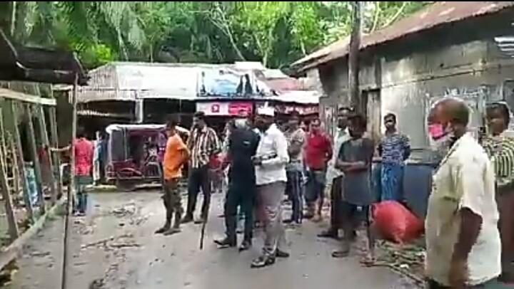 পিরোজপুরে 'শিব মন্দির ও পারিবারিক জায়গা' দখল করে নিল ভূমিদস্যু কামরুল শেখ বাহিনী!