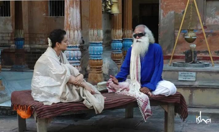 কঙ্গনা রানাওয়াত সদগুরুর সাথে ভারতীয় মন্দিরগুলির তাৎপর্য অনুসন্ধান করছেন