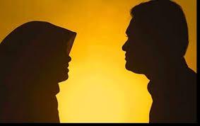পরকীয়া প্রেমিকের হাত ধরে দুই সন্তানের জননী উধাও