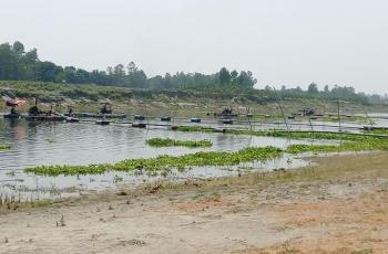 লৌহজং নদীতে অবৈধভাবে বালু উত্তোলনের মহোৎসব চালাচ্ছেন প্রভাবশালীরা