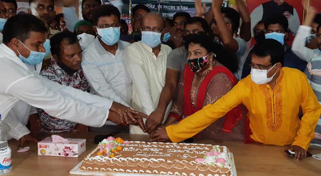 মোংলায় এমপি শেখ তন্ময়ের জন্মদিন উদযাপন