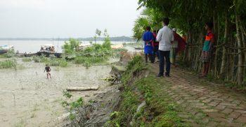 ইটের ভাটা গিলে খাচ্ছে নদী চর